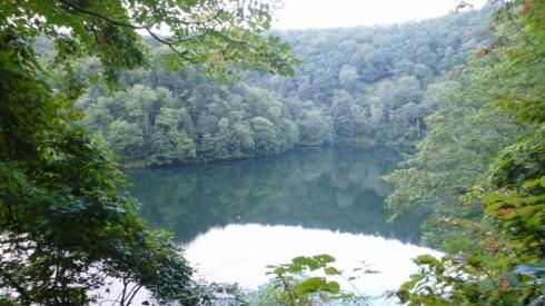 Hangetsuko (半月湖)