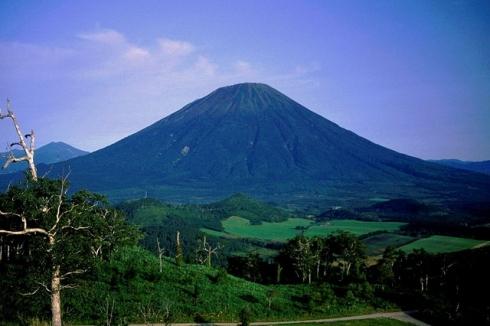 Mt. Yotei (羊蹄山) Photo by Alpsdake