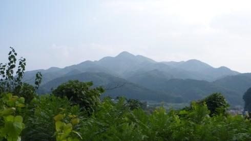Nakuidake (名久井岳)